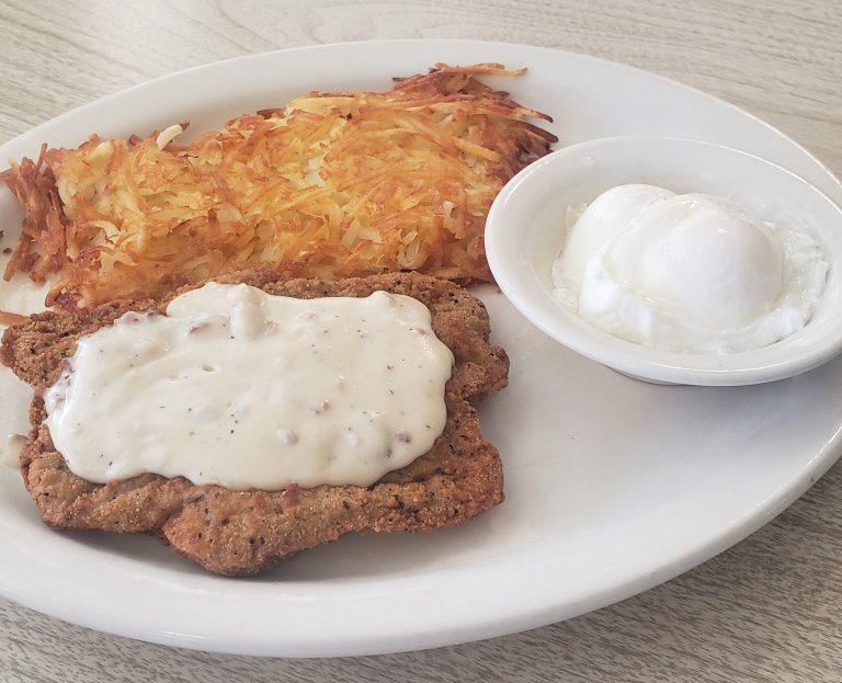 chicken-Fried-Steak-eggs-Hashbrowns